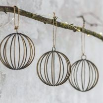 Garden Trading Set of 3 Cromwell Baubles